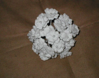 Vintage Lace Flowers on Wire