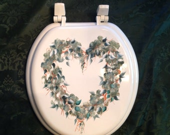 Hand Painted Toilet Seat Moss Heart Wreath With Leaves Or