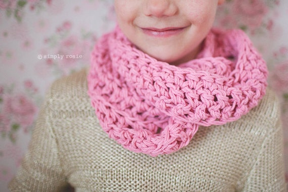 Crochet Infinity Scarf Pattern For Child : Crochet Infinity Scarf Girls Scarf Pink Scarf for Girls