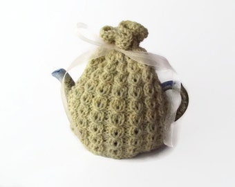 tea cozy hand knitted  cosie small   pot uk seller
