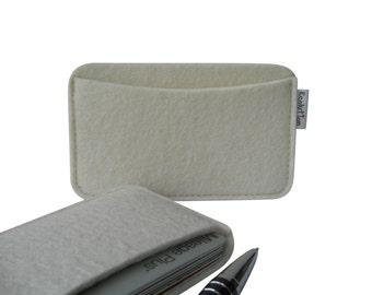 Wool felt Business card holder -credit card case-handmade eco friendly -paper white - gift for men