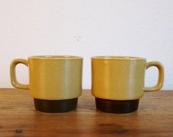 Pair of Vintage La Mesa Stoneware Mugs - Japan