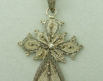 Vintage Silver Filigree Cross Pendant and Chain