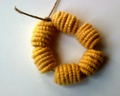 6 handmade fiber beads - yellow -
