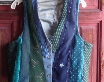 "Hand Stitched ""Tie"" Vest, sz M"