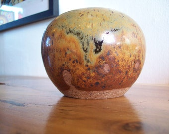 early Roland White closed Studio Weed Pot with a beautiful Ash Glaze ~ Mid Century Oregon potter