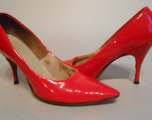 Beatnik Babes - Late 50s Early 60s Neon Red Patent Leather Stilettos - 7/7.5