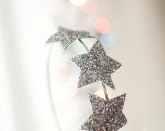 Glitter Stars Boho Headband - Cosmic Simmering Headpiece - Three Stars in Silver Fabric - Headband Party Wear - Girls - Women Accessory