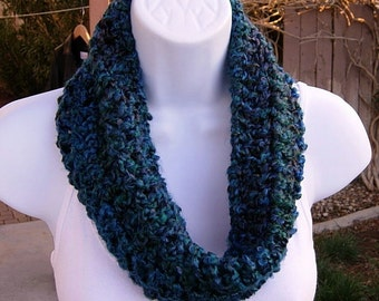 SUMMER COWL SCARF, Dark Teal Blue Green Red, Small Short Infinity Loop, Crochet Knit, Soft Lightweight Neck Warmer..Large Size Available