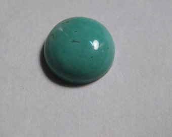 Kingman Turquoise cab  .......  10 mm round x 3.8  mm   tall ......      a4326
