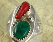 LadiesGreen Turquoise and Coral Ring