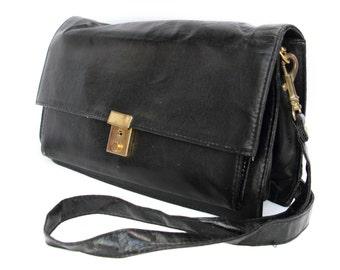 Noir Nuit, French Vintage, 1970s Black Leather Satchel, Handbag, from Paris