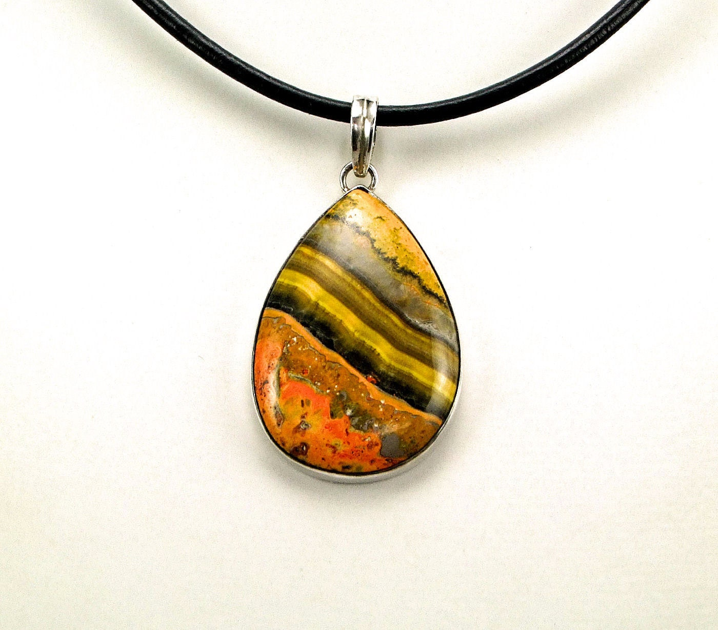 rare indonesian bumble bee jasper pendant n721