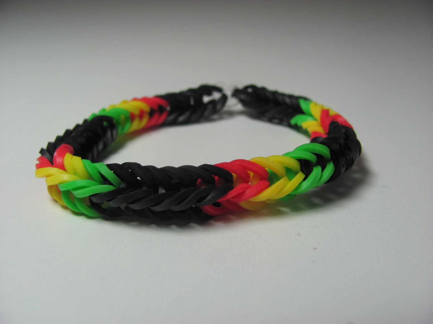 rubber band bracelet with loom rainbow loom rubber band stretch bracelet fish pattern 1913