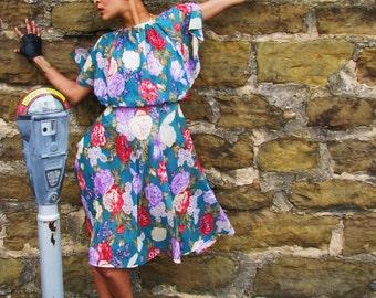 Vintage 1970s Sheer FLORAL Spring Summer Day DRESS