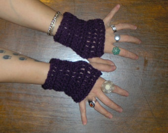 Eggplant Purple gloves. Crocheted Gothic Victorian Shorty fingerless gloves for texting or smoking Handmade Bohemian wrist warmers