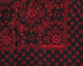 Classic scarf Adrienne Vittadini silk black and red