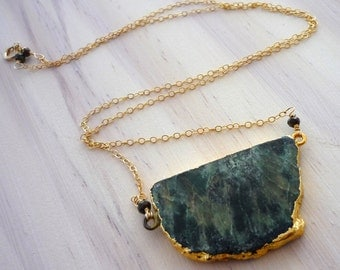 Brazllian emerald pendant & 14kt gold filled necklace. Layering necklace.