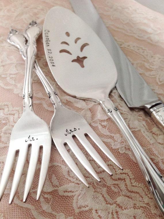 hand stamped forks cake server and knife set by loreleivella. Black Bedroom Furniture Sets. Home Design Ideas