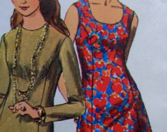 70s Princess Seams Flared Dress Pattern Bust 31.5 Simplicity 8884 UNCUT