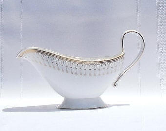 Spode Queen's Gate  Bone China Sauce Boat