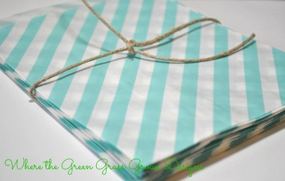Light Blue and White Paper Party Bags