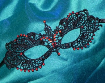 Black and Red Soft Lace Masquerade Mask - Lightweight and Comfortable