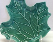 Green Leaf Candy Dish - Soap Dish - Spoon Rest - Jewelry Holder - Candle Stand
