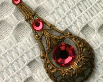 Indian Pink Bindi in Oxidized Brass