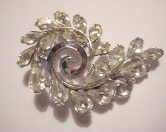 "Vintage Crown Trifari Brooch/Pin, 1950s Paisley Leaf Design, Clear Faceted Teardrop Rhinestones, Silver Plated, Signed, 2 1/8"" (app. 5cm)"