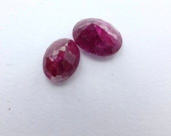 Ruby. Natural. SUpER GORGeous. Intense saturated color. No Heat or Treatment. Oval Native Cut. 2 pc. 4.15 cts. 9x7 and 8x6  mm  (RU561)