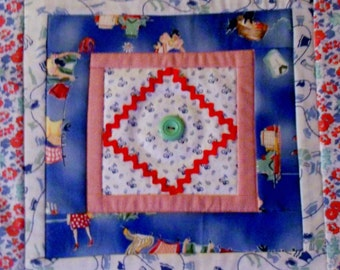 Quilted Table Topper, Quilted Table Runner, Vintage Style, Feedsack Reproduction, Retro, Farmhouse