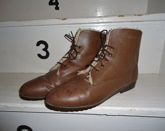 Brown Leather Shearling Lined Vintage 1980's Womens Ankle Boots 10