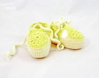 Crocheted lime baby booties, cotton summer baby booties, summer booties, yellow