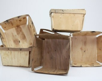 Vintage Wooden Berry Fruit Produce Basket Box Gift Box Organization Distressed Primitive Rustic Weathered Farmhouse Quart Size - Set of 5