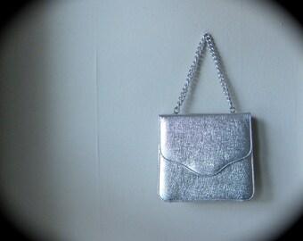 1960s Mid Century Vintage Mod Silver Handbag Purse