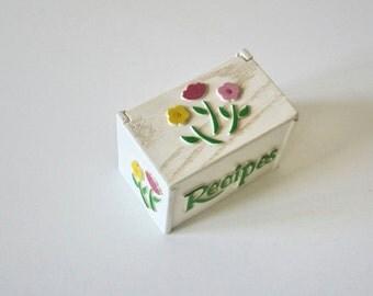 Vinatge Faux Wood Recipes Box,Plastic