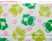 End of Bolt - Decorative Frogs and Flowers - Flannel  - 34 inches- End of Bolt