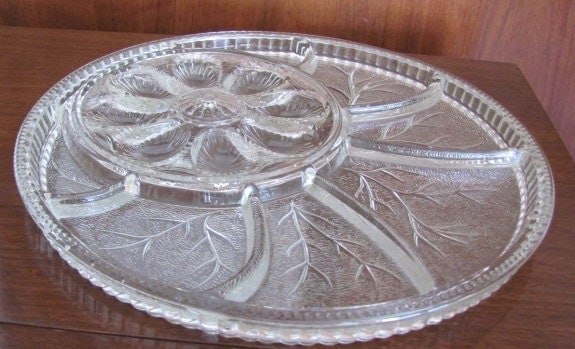 Vintage extra large clear hobnail glass deviled egg and for Canape serving platters