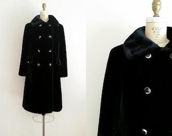 Borgazia Vintage 1960s Black Faux Mink Coat / Medium