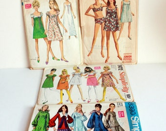 SALE: LOT of 4 Vintage Sewing Patterns - Simplicity - Juniors Pre-Teen Size 5