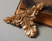 Antique cast brass plate, decor plate,  embellishment, leafs decor