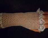 Crochet  lace white fingerless romantic vintage style hippie wedding  gloves