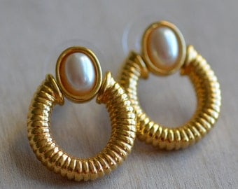 Gold Tone Earrings GoldenPearl 1980 80 1980s 80s Bold Large Statement Piece Rope Texture Dangle Metal Dramatic Classic Elegant Preppy Chic