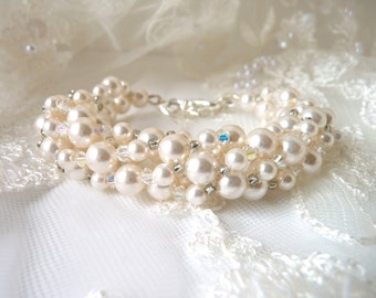 Beaded Pearl and Crystal Bracelet, White or Ivory Cream, Wedding Jewelry, Bridal Bracelet, Bridesmaid, Mother of The Bride, Beaded Jewelry