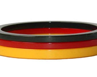 Vintage 1940s Bakelite Bangle Bracelet Set
