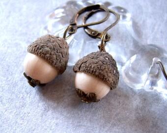 acorn cap earrings MERLIN, acorn jewelry, acorn charm, creamy white dangle earrings