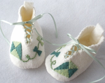 Baby Shoes, Hand Stitched Baby Booties,  White Wool Felt, Kite Design Hand Sewn Booties,  Lace Up Green Kite