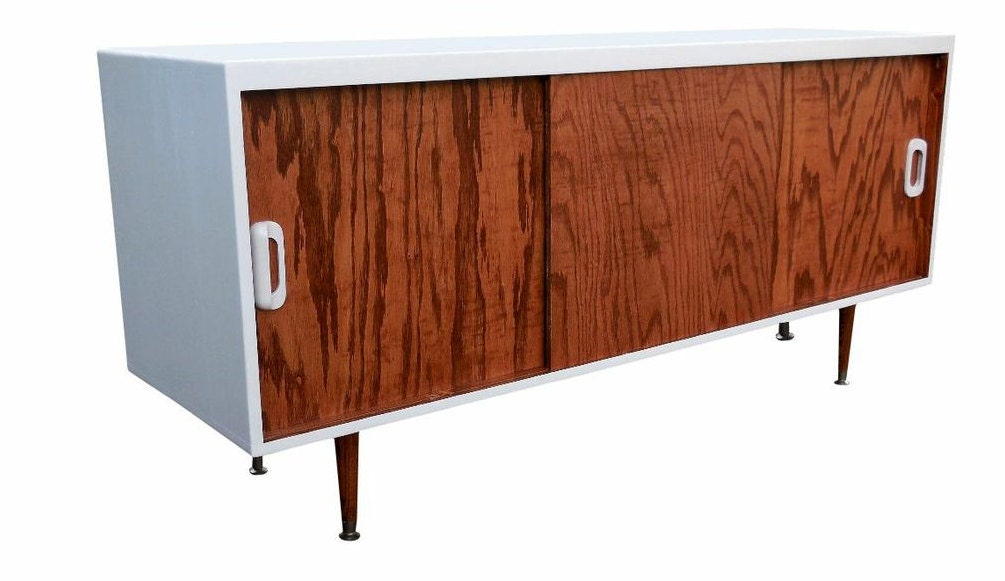 mid century inspired danish modern tv stand by orwadesigns on etsy. Black Bedroom Furniture Sets. Home Design Ideas