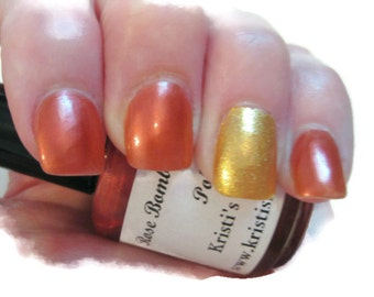 Rose Bomb Fragranced Nail Polish, Viktor & Rolf Flowerbomb fragranced nail polish